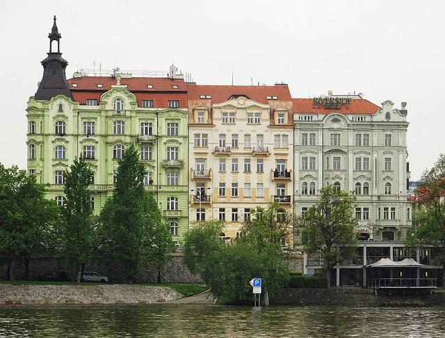 Rašínovo nábřeží v Praze